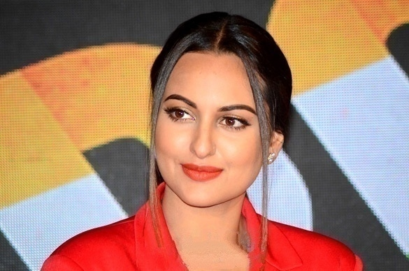 Sonakshi raised the bar to dance with Prabhu Deva