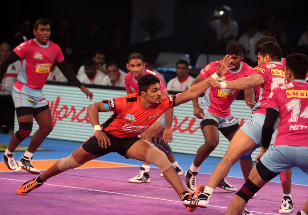 vivo-pro-kabaddi-season-5-u-mumba-beat-jaipur-pink-panthers-36-32-in-a-thrilling-encounter