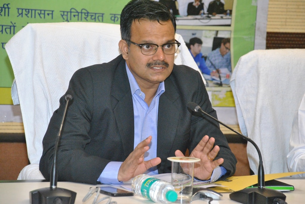 dc-s-should-review-the-cases-related-to-payment-in-kanyadan-yojana-sunil-barnwal