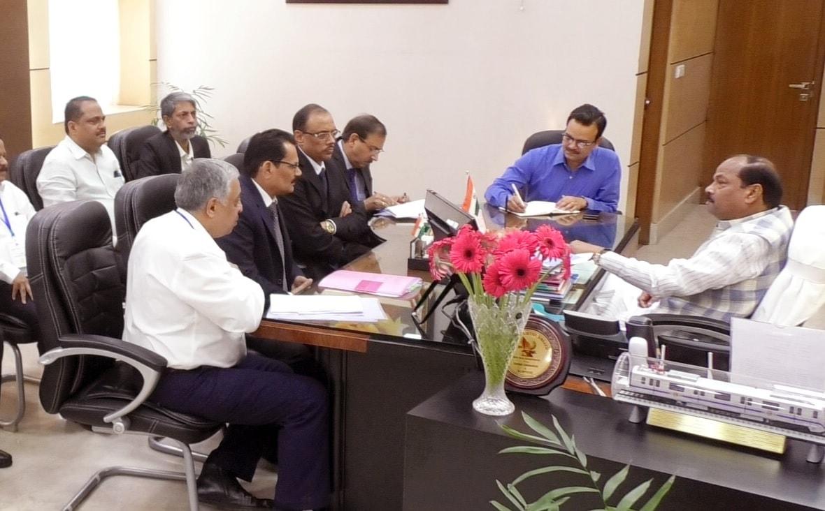 मुख्यमंत्री दास ने झारखंड मंत्रालय में सेल के अधिकारियों के साथ बैठक की