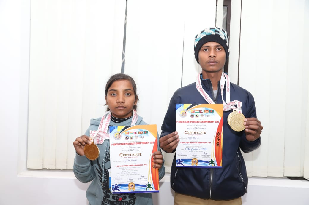 two-jharkhand-players-get-20-20-thousand-rupees-from-the-cm-vivekanadan-fund