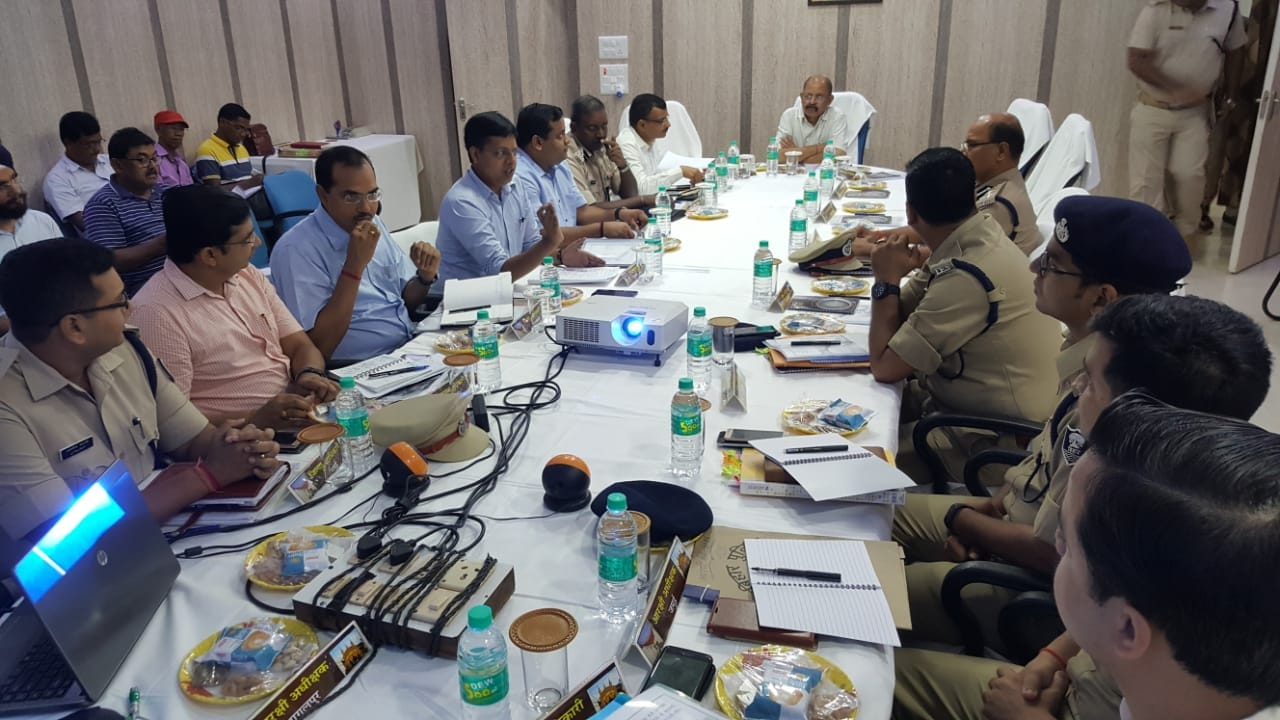 jharkhand-and-bihar-Inter-State-Coordination-meeting-held-in-Deogarh-for-successful-operation-of-Shravani-Mela-2018