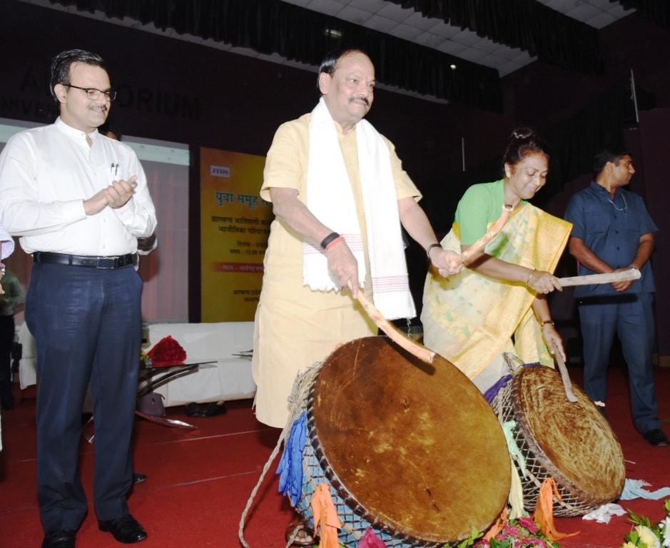 आदिवासियों के जीवन में विकास के लिए बदलाव की बुनियाद रखी हमारी सरकार ने -- मुख्यमंत्री