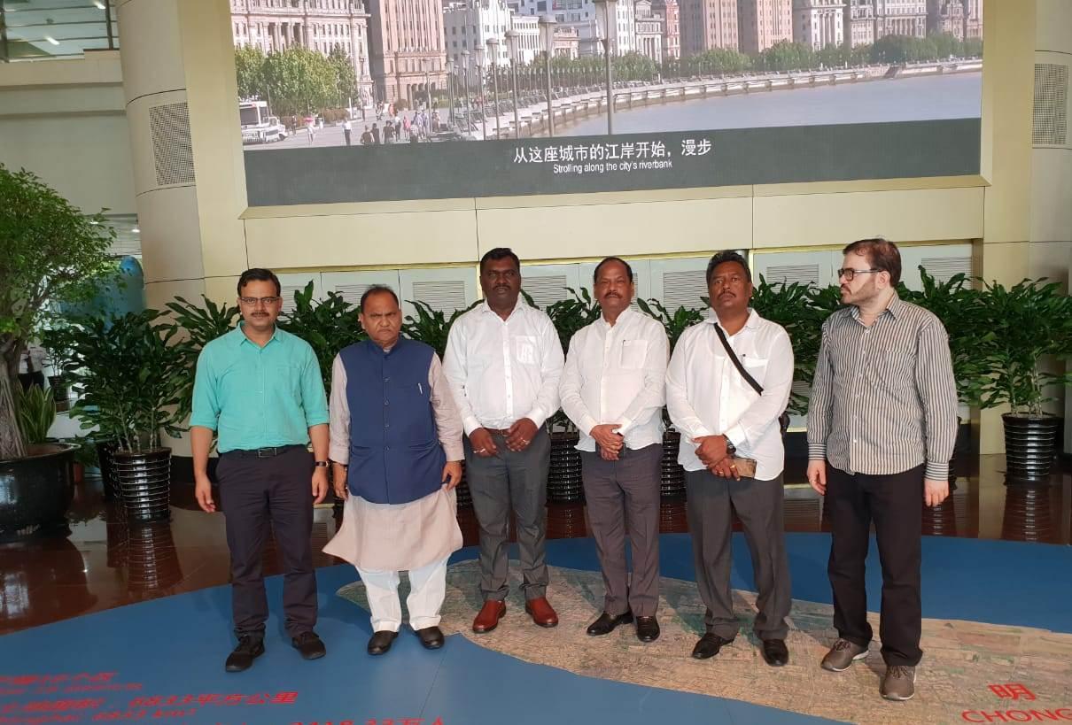 मुख्यमंत्री के नेतृत्व में झारखंड के प्रतिनिधि मंडल ने आज शंघाई के अर्बन प्लानिंग म्यूजियम का भ्रमण किया