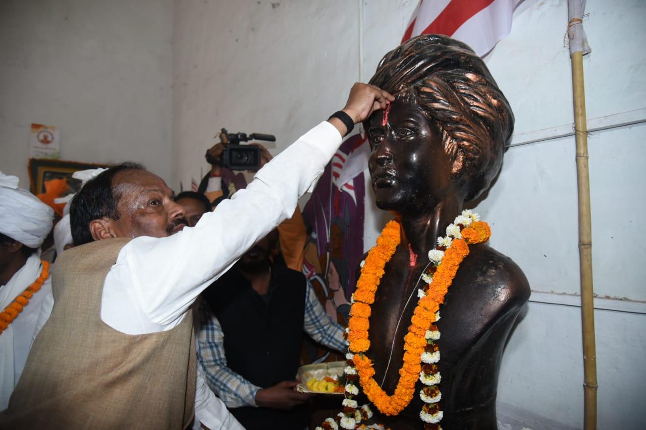 आजादी के बाद पहली बार राज्य के शहीदों का नाम स्वर्ण अक्षरों में लिखा जाएगा - रघुवर दास