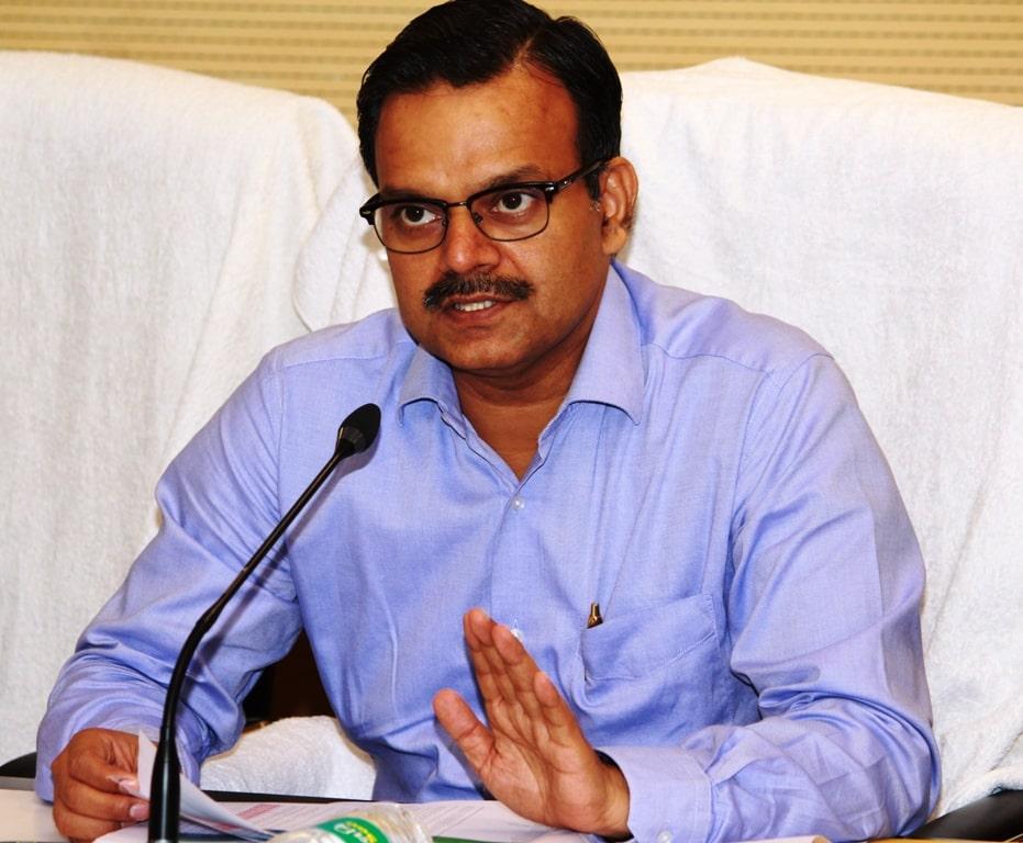 जनसंवाद में दर्ज शिकायत की मुख्यमंत्री के प्रधान सचिव ने की समीक्षा