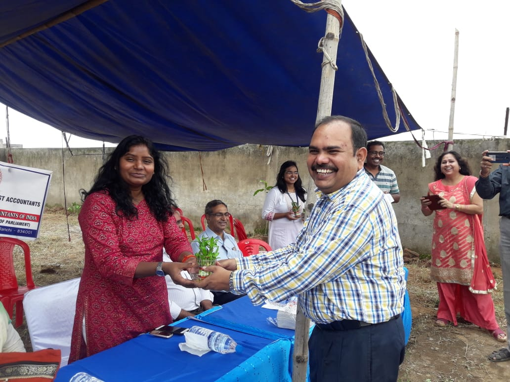 ICAI, Ranchi Chapter ने किया वृक्षा-रोपण कार्यक्रम