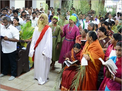 Christians celebrate Easter with full of fervour in Jharkhand