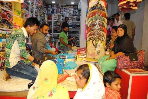 Ramadan rush grips market in Jharkhand