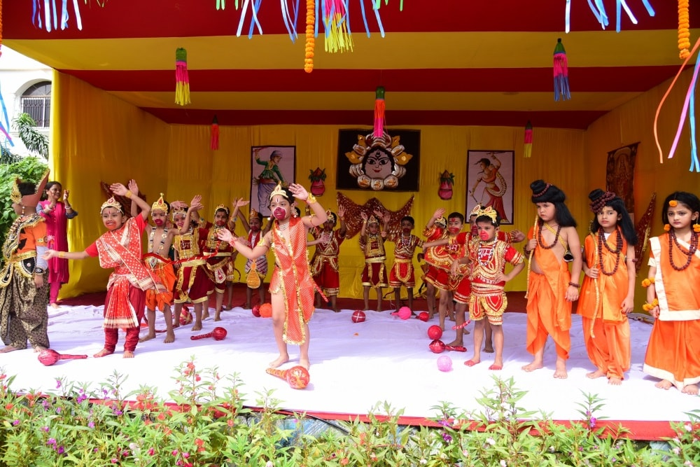 school-kids-perform-ramleela