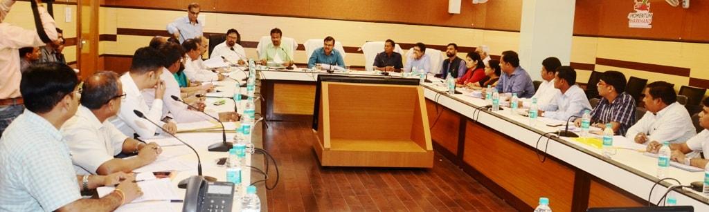 <p>सूचना एवं जनसंपर्क विभाग के प्रधान सचिव श्री सुनील कुमार वर्णवाल ने सूचना एवं जनसंपर्क विभाग के अधिकारियों को निदेश दिया कि सरकार की योजनाओं के प्रचार हेतु बनाए गये विजुअल एवं सामग्रियों…