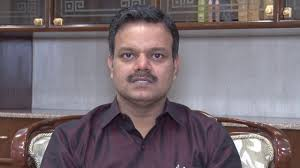 <p>Who is the top bureaucrat in Jharkhand?Sunil Kumar Barnwal,IAS topper of 1996 batch.He appears to have gained another record in history of bureaucracy by holding half a dozen responsibilities&#8230;