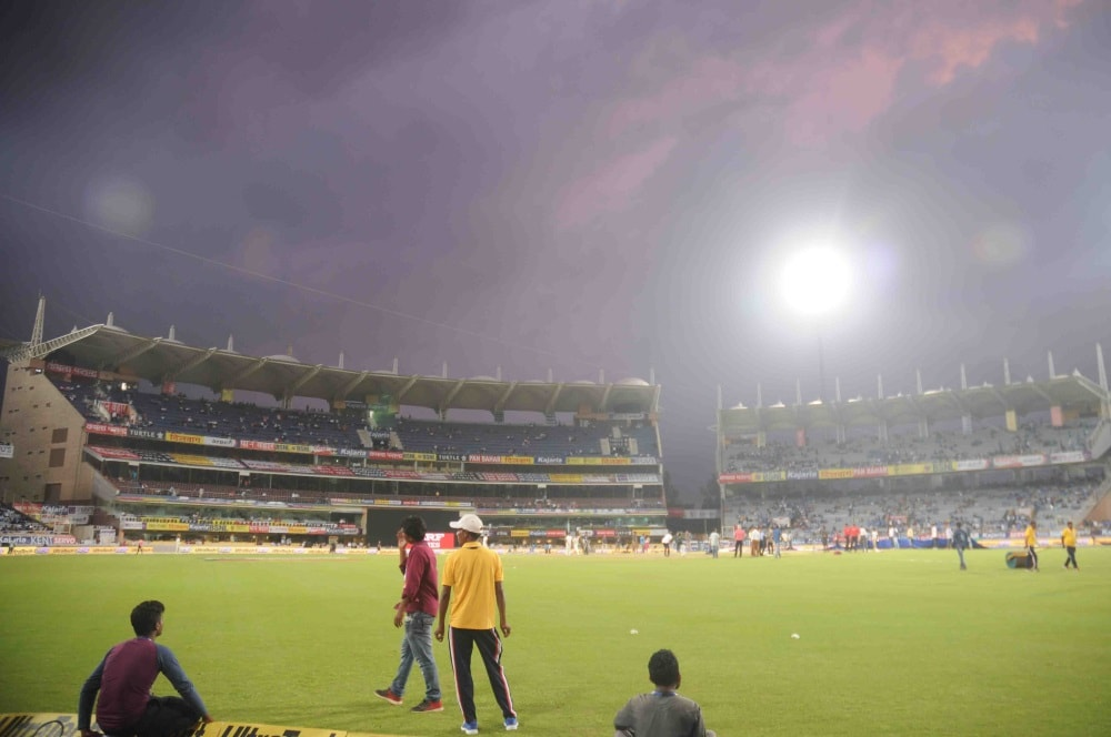<p>Dark clouds hover above&nbsp;JSCA stadium in&nbsp;Ranchi in on Saturday before start of first T20 match between India and Australia.</p>