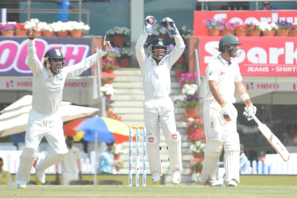 <p>India and Australian players during their 2nd&nbsp;day of third test match in Ranchi on Friday.</p>