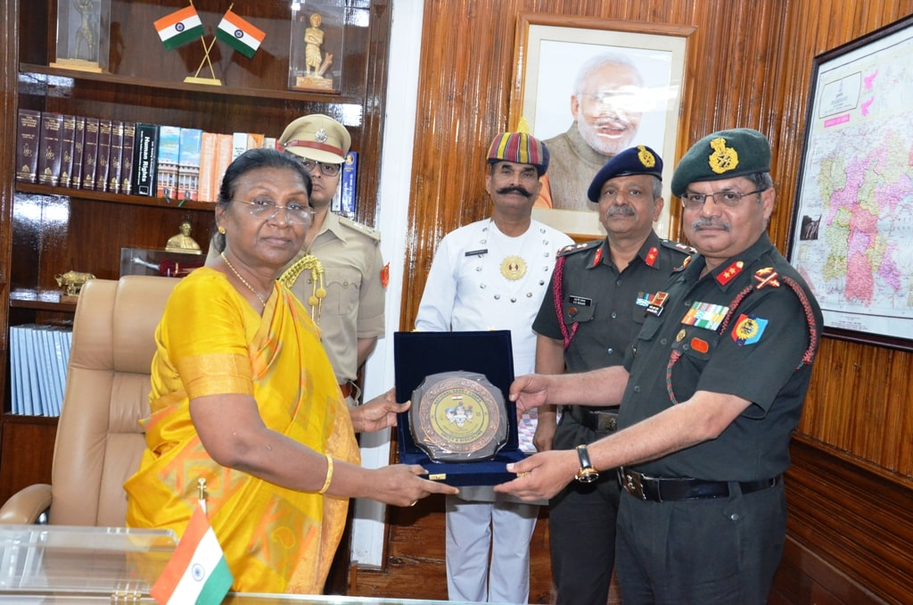 <p>ADG of NNC met the Jharkhand Governor  Draupadi Murmu in Raj Bhawan on Thursday.</p>