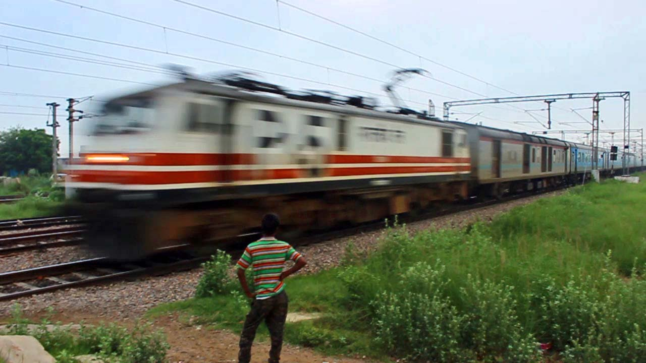 <p>Two lovebirds committed suicide by getting smashed by a running train in Jharkhand. The incident took place along Dhanbad-Gaya track near Gajandi railway station. Though they were…