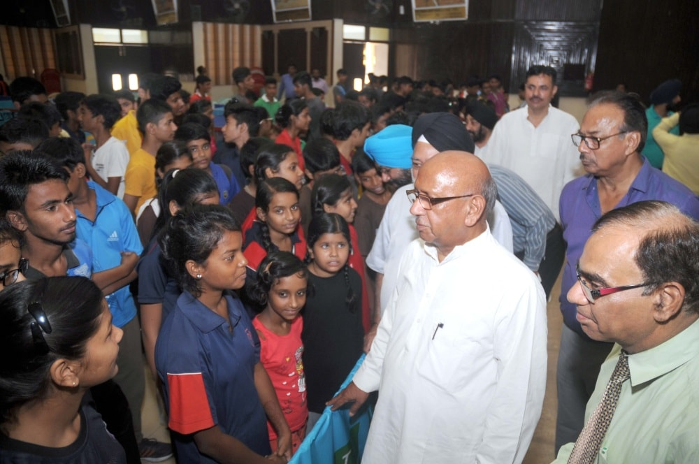 <p>Parliamentary Affairs Minister Saryu Rai along with various sports organizations officials during inaugural ceremony of 'Inter school Table Tennis State Championships'…