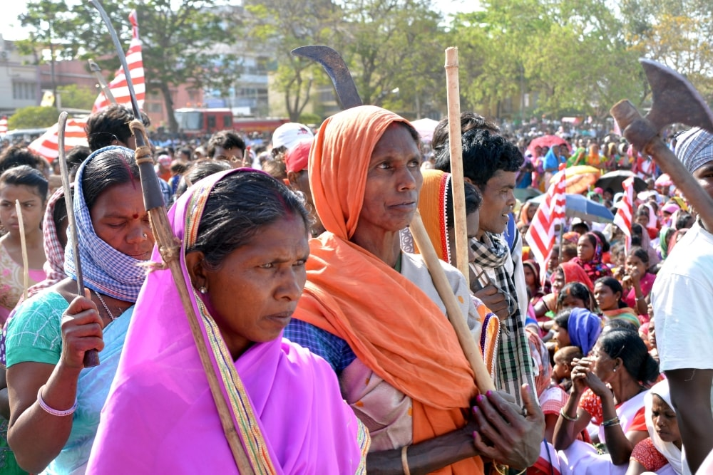 <p>People from the tribal community from across the state today took part in a&nbsp;huge rally organized&nbsp;at Harmu ground in Ranchi.</p>