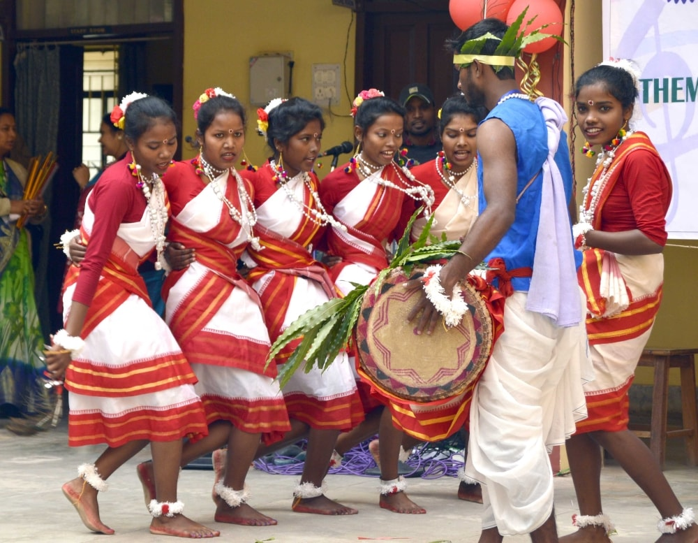 <p>Students of Nirmala College performs traditional dance during the inaugural ceremony of Youth Festival &quot;Tarang&quot; at College auditorium in Ranchi on Thursday.</p>