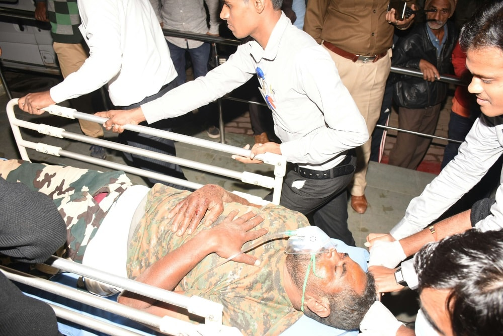 <p>Injured jawan being taken for better treatment at a hospital in Ranchi on Thursday. At least seven security personnel were injured in a landmine blast triggered by CPI (Maoist)&#8230;