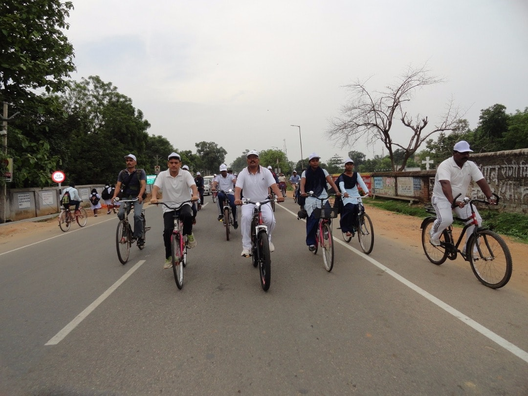 <p>Cycle rally was taken out by activists to campaign for International Yoga Day 2017.</p>