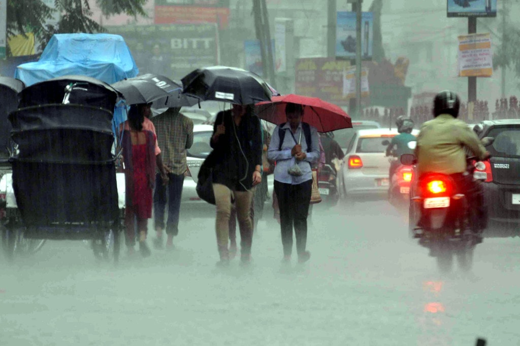 <p>Days before the month of Sawan ends on August 7,heavy rains lashed Ranchi and its adjoining areas,generating hope among farmers of a bumper paddy crop in Jharkhand.</p>