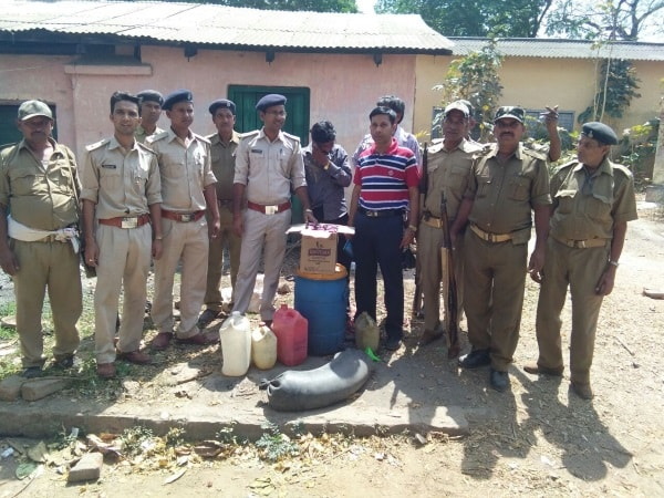 <p>To maintain law and order during the Ramnavmi festival,the state Excise Department led by Sanjay Kumar Srivastava has been running a campaign against illegal liquor business.Toward&#8230;