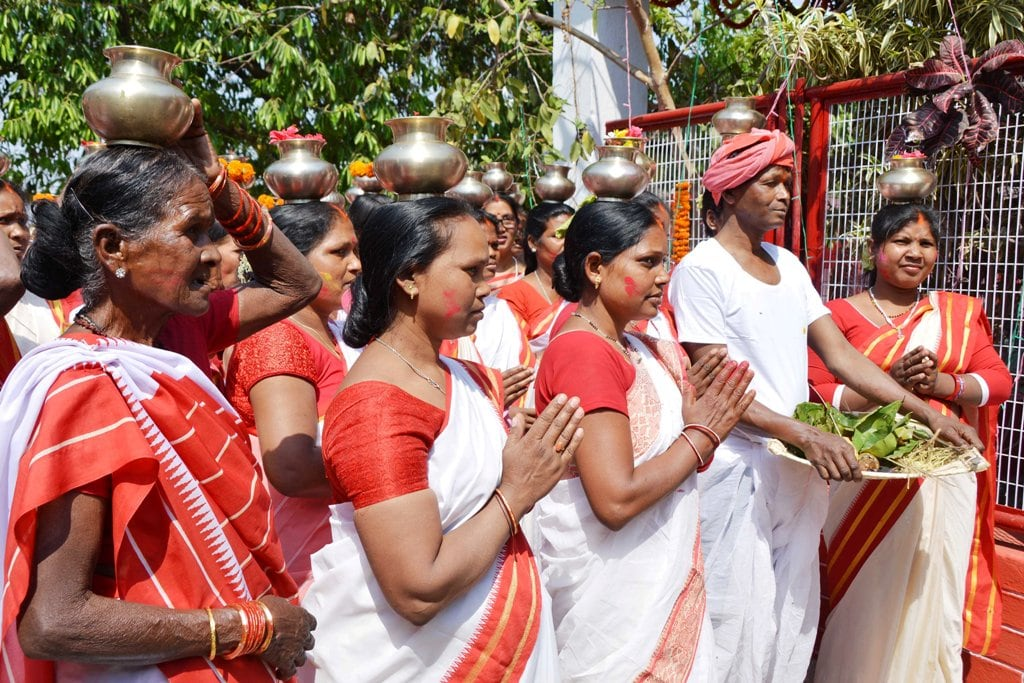 <p>Women performing puja during sarhul festival celebrations in Ranchi on Tuesday.</p>