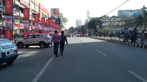 <p>Security forces near Hanuman Mandir in main Road,Ranchi,after stone pelting on Hanuman processionists near Ekra Masjid</p>