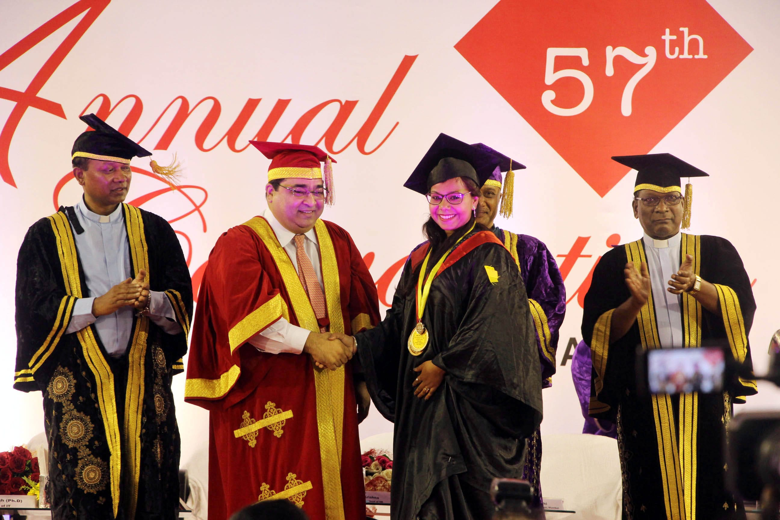 <p>Students during the 57th convocation ceremony of Xavier Institute of Social Services (XISS) in Ranchi on Tuesday.</p>