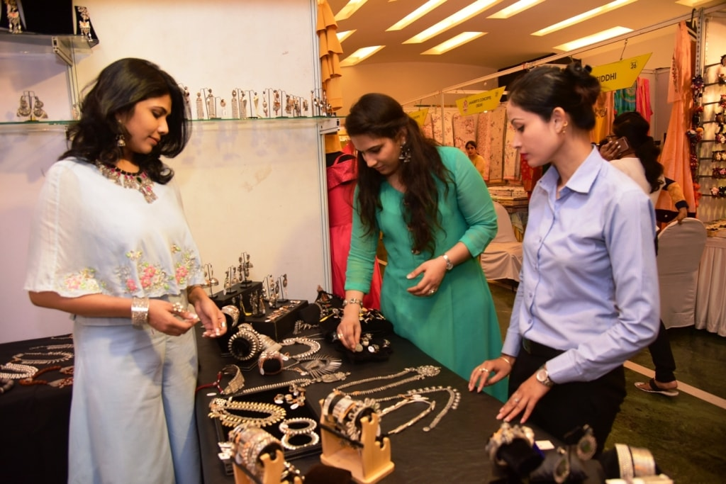 <p>Aaina fashion Lifestyle Ranchi- a two-day exhibition begins at Capitol Hill in Ranchi from Wednesday. This year the main attraction of the exhibition is the varied collection of&#8230;