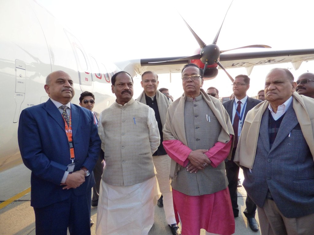 <p>Jharkhand Chief Minister Raghubar Das, MoS for Civil Aviation Jayant Sinha, State Urban Development Minister CP Singh and Ranchi MP Lok Sabha Ramtahal Choudhary during the flagging&#8230;