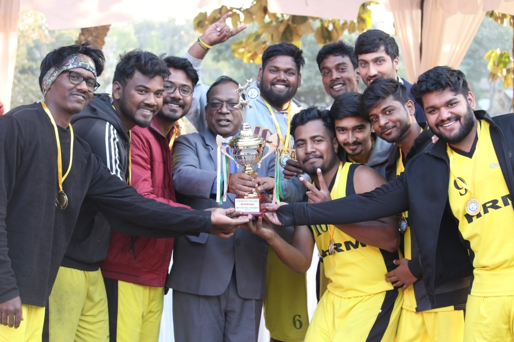 <p>Xavier Institute of Social Service (XISS), Ranchi on Wednesday held the Grand Finale of the Inter-Departmental Basketball Tournament.</p> <p>The finale consisted of two parts: a…