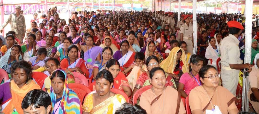 <p>Sangi village in Kudu block of Lohardaga district in Jharkhand was the venue of devnad Damodar Mahotsav.It was presided by Chief Minister Raghubar Das and Minister Saryu Rai.</p>&#8230;