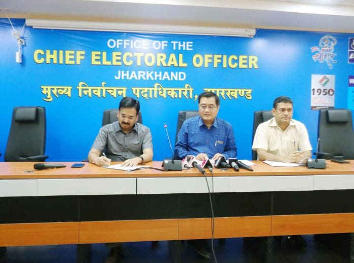 <p>Mr. L. Khiyangate, Chief Electoral Officer, Jharkhand today said that since the announcement of the dates of Lok Sabha elections by the Election Commission of India, 554 complaints&#8230;