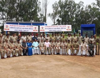 <p>CM Raghubar Das has honoured 55 police officers/personnel by awarding them for their duty bound work.This was done in a programme attended among others by Chief Secretary Rajbala&#8230;