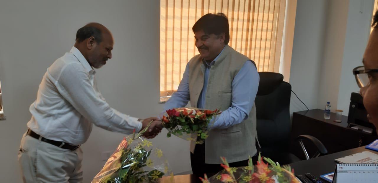 <p>Sudhir Tripathi on Monday assumed charge as Chairperson of Jharkhand Public Service Commission.</p>