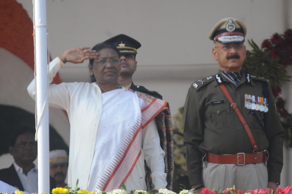 <p>Governor Droupadi Murmu taking salute after hoisting the National flag during the 69th Republic Day celebrationsat Morhabadi ground in Ranchi on Friday. DGP DK Panday isalso…