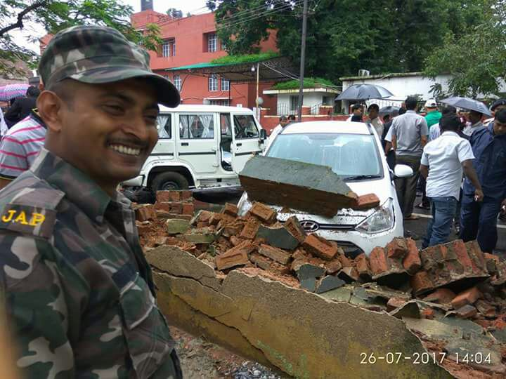 <p>Boundary walls of the Jharkhand Armed Force(JAP)-1,Doranda,Ranchi,collapsed due to heavy rains during the past five days.</p>