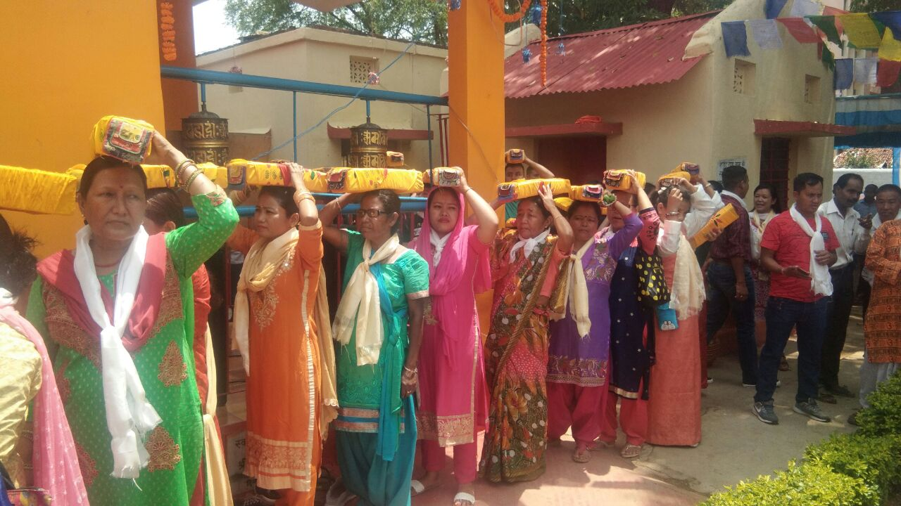 <p>On the auspicious occasion of Budh Purnima, women take part in a 'Sobha Yatra' at JAP 1 in Ranchi on Monday.</p>