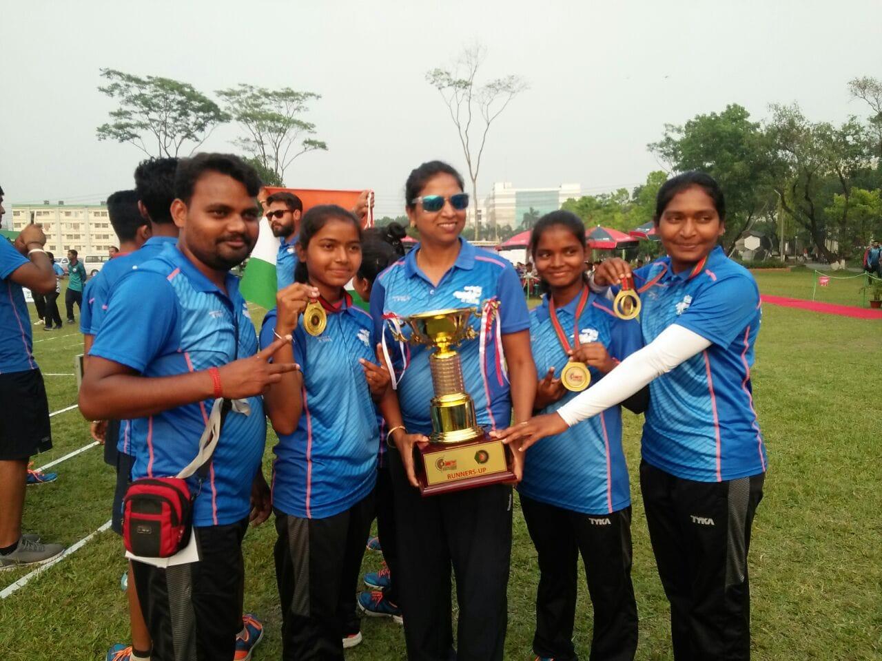 <p>भारतीय टीम ने ग्रुप कंपाउंड आर्चरी में बांग्लादेश को हराकर गोल्ड जीता I टीम में भारत की उभरती हुई सनसनी कस्तूरबा गाँधी सोनाहातू की छात्रा बबिता कुमारी और सविता कुमारी…