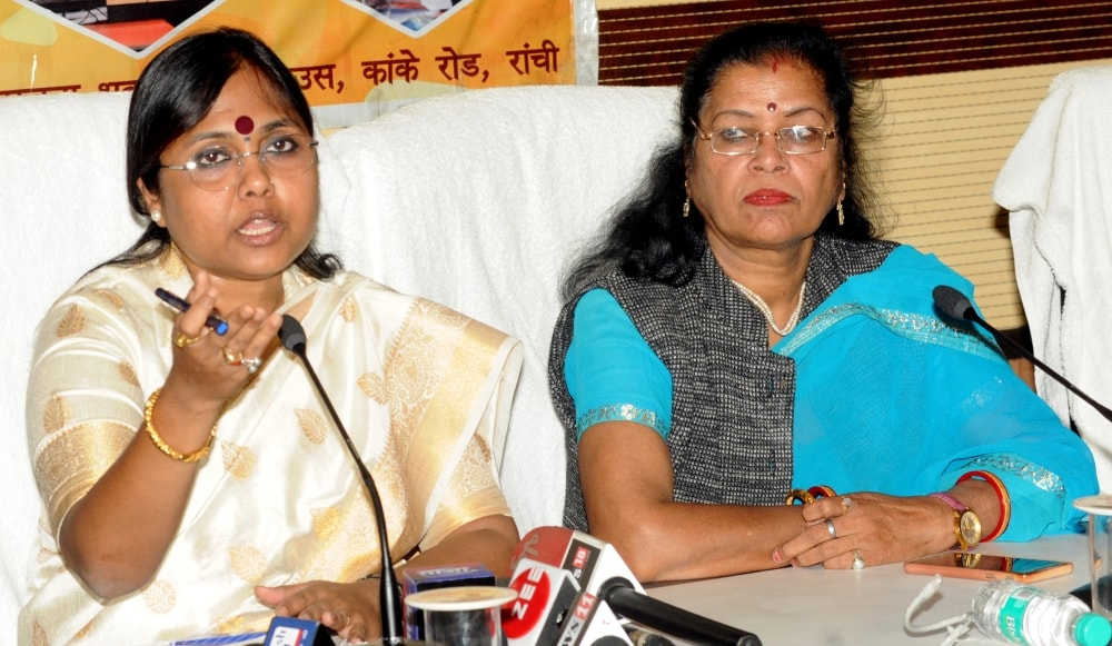 <p>Member of National Commission for Women (NCW) Sushma Shah addresses media persons at Suchna Bhawan in Ranchi on Tuesday.</p>