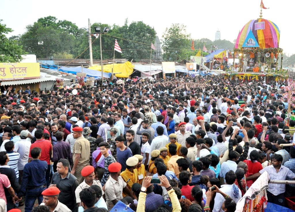 <p>Crowd gathered for Lord Jagannath's Rath Yatra at Jagannath temple in Ranchi on Saturday.</p>
