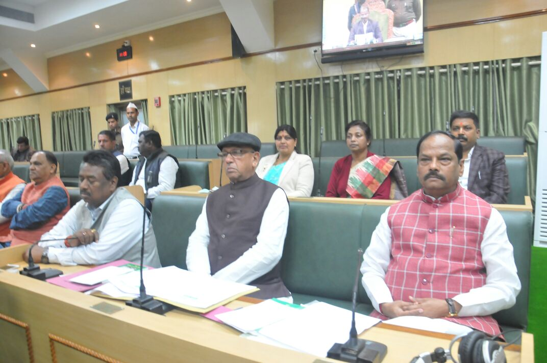 <p>Image showing CM Raghubar Das and other ministers of the ruling BJP government during Winter session of Assembly on Tuesday.</p>