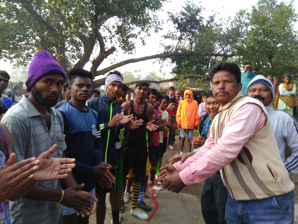 <p>A 4 km long&nbsp;Marathon race from Nawagaon Bajrangbali chowk to Sataki Bajrangbali chowk was organised at Rahe Ranchi on Monday.In all 36 participants took part in the race.</p>&#8230;