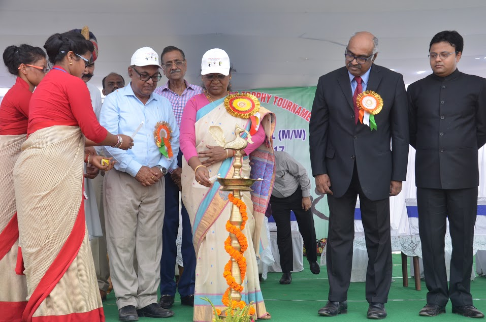 <p>Jharkhand Governor Draupadi Murmu lightening the lamp to launch &nbsp;Inter- University Chancellor Trophy Competition at Kolhan University campus in Chaibasa on Tuesday.</p>