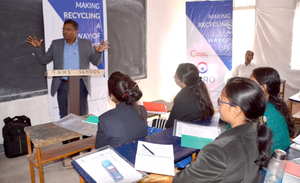 <p>Jharkhand State Manager of &nbsp;Change Alliance, Johnson Topno addresses gathering during the workshop on School Awareness programme-E-Waste Management at Guru Nanak School in&#8230;
