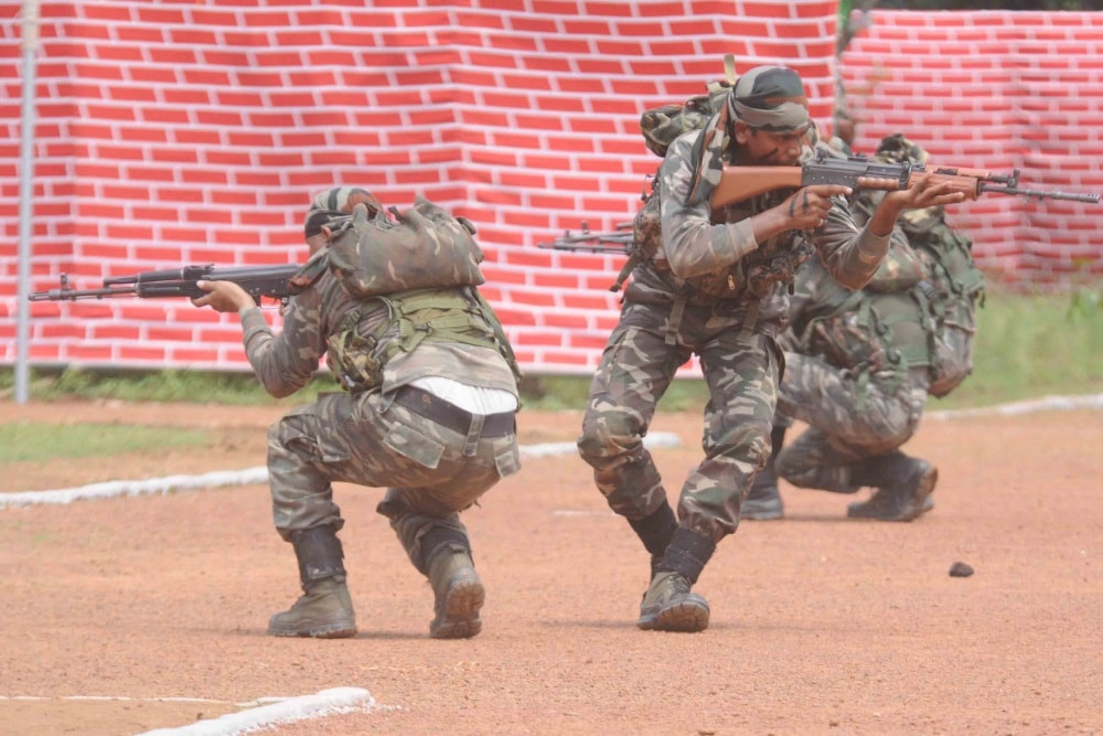 <p>Special anti naxal operations Commandos showing demo to fight with naxal during inaugural ceremony of the Jharkhand Police duty meet at Jharkhand Armed police (JAP)-1 at JAP ground&#8230;