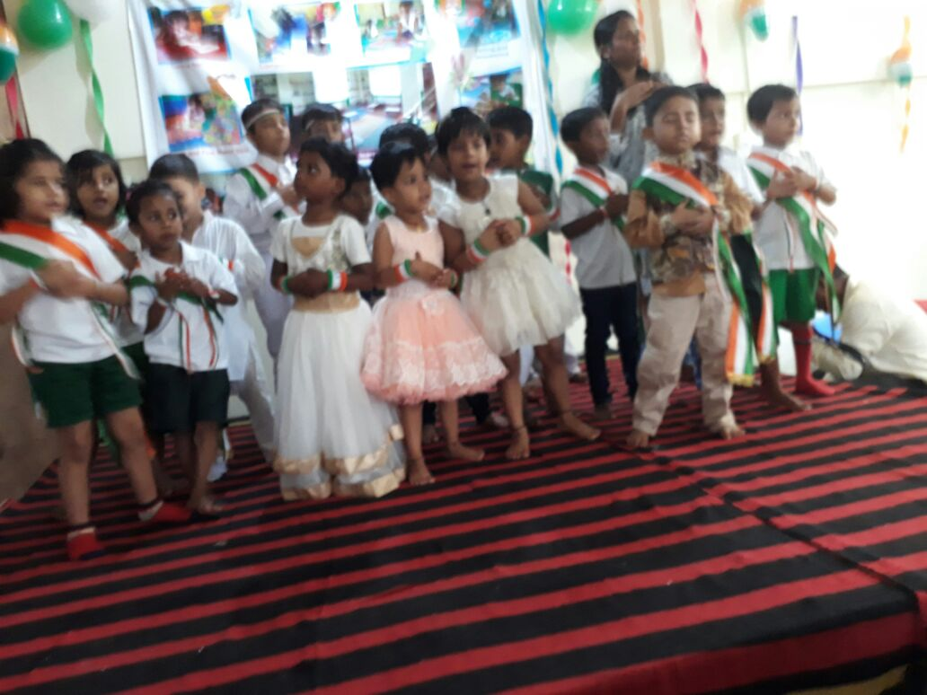 <p>Bank colony in Ranchi based Montessori school Children took part in a cultural programme after Rajya Sabha MP Harivansh hoisted the national flag inside school premise in presence…