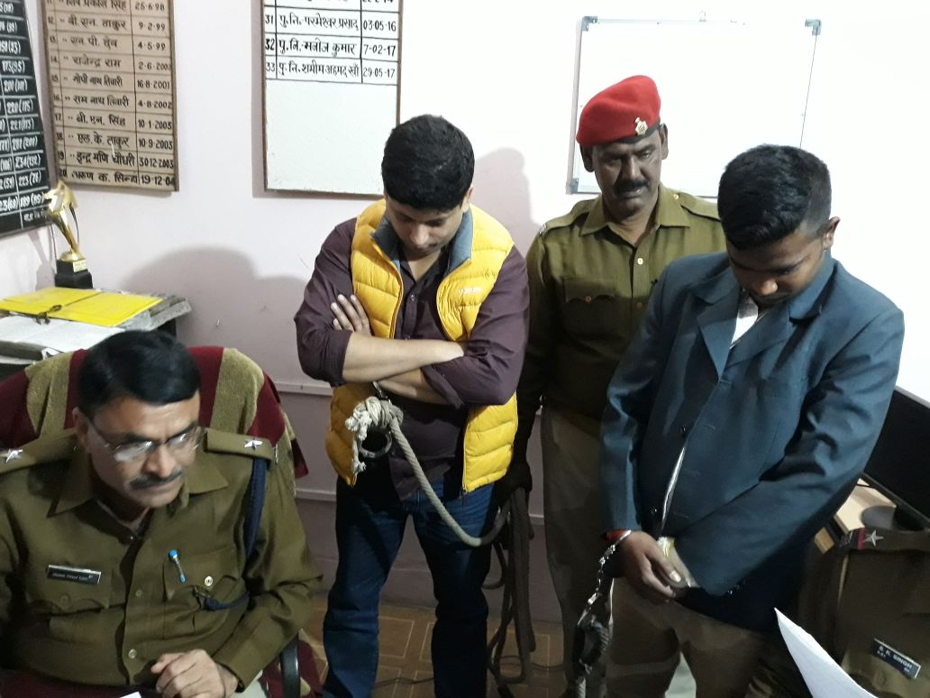 <p>Dhanbad Police gained major success when they were able to arrest two persons posing as fake DSP and the other as&nbsp;a constable. It is reported that the duo have&nbsp;fleeced&#8230;